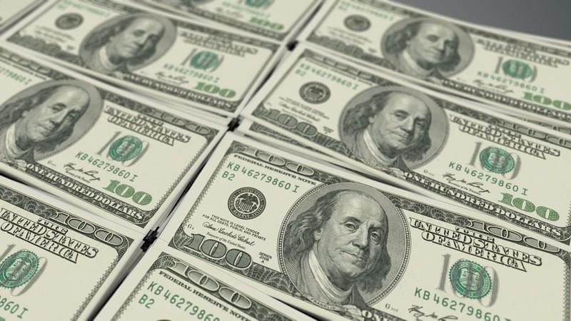 Ventajas y Consecuencias de Dolarizar la Economía