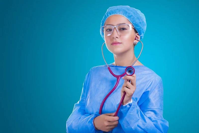 ¿Tu médico de cabecera es tu amigo? Tiene sus Ventajas
